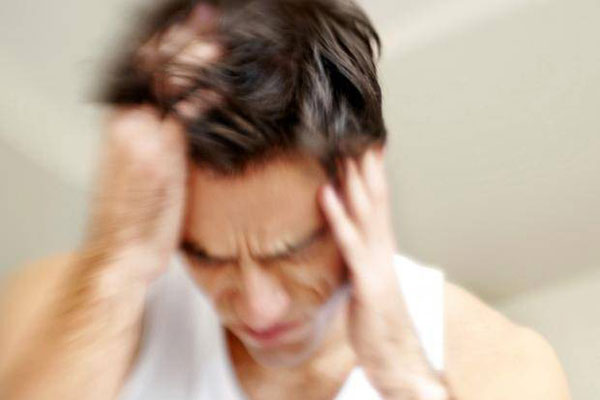 Tác dụng của bia rượu gây cơn đau nhức đầu