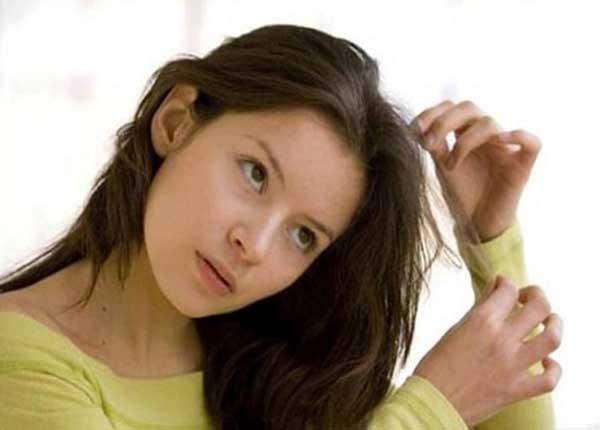 Rối loạn kéo tóc là tình trạng mong muốn kéo căng tóc mà không kiểm soát được