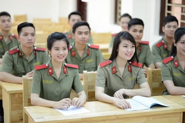 Nhiều thủ khoa trúng tuyển vào trường Công an không đến nhập học năm 2018.