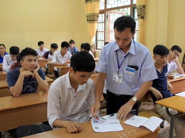 Mục tiêu tốt nghiệp phổ thông cũng quan trọng nhưng không nhất thiết tới mức tổ chức một kỳ thi quốc gia
