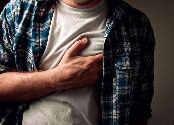 có một vài dấu hiệu thầm lặng cảnh báo nguy cơ mắc bệnh tim mà ít người biết đến