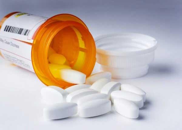 Khi dùng thuốc Alprenolol bạn nên tham khảo chỉ định của thầy thuốc