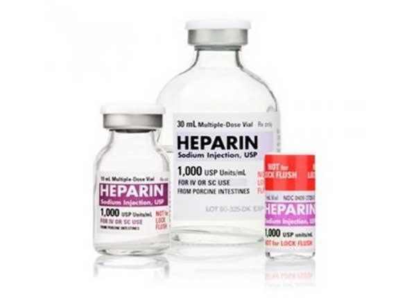 Heparin thường được dùng ở dạng tiêm dưới da hay tĩnh mạch