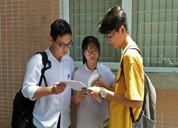 Các ngành kỹ thuật và Y Dược dự kiến điểm chuẩn tăng từ 1-2 điểm