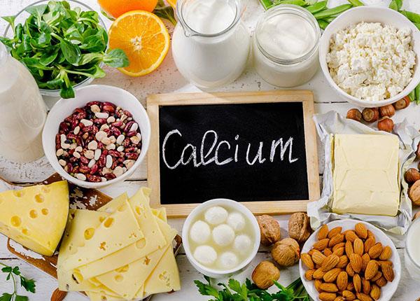 Cần bổ sung lượng canxi và Vitamin D cần thiết giúp cơ khỏe mạnh