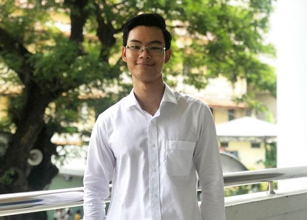 Nguyễn Hoàng Gia Khánh thủ khoa của Trường ĐH Sư phạm TPHCM