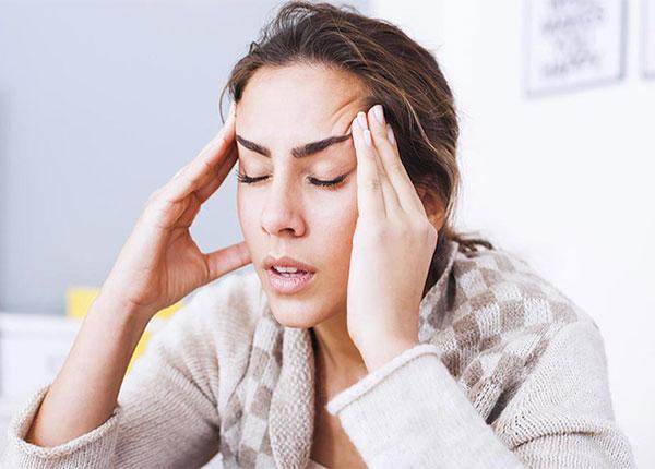 Khi đau đầu, một số thực phẩm người bị bệnh không nên ăn
