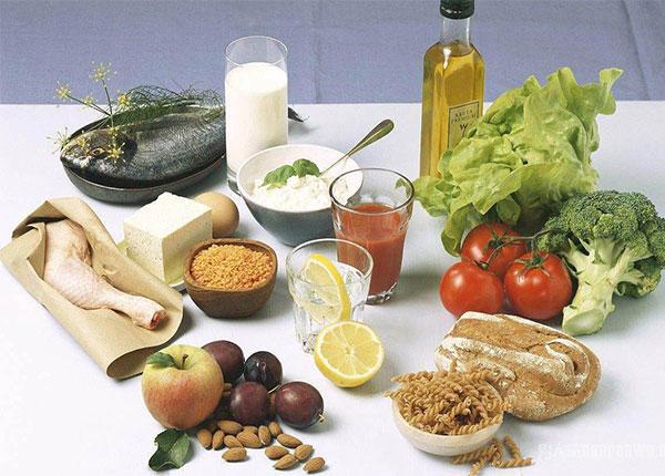 Một chế độ dinh dưỡng hợp lý giúp ngăn chặn sự phát triển của ung thư thực quản