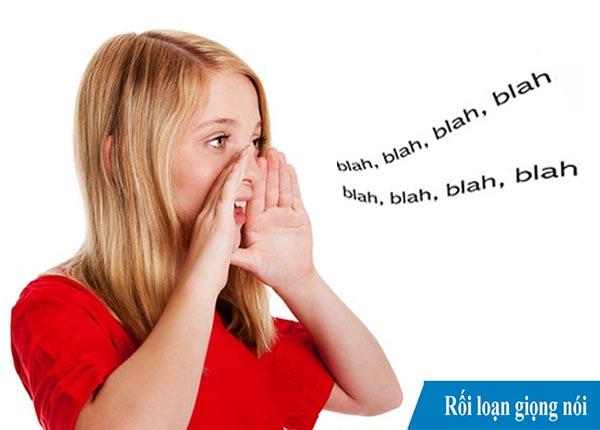 Rối loạn giọng nói khiến cho giọng nói của người bệnh trở nên khác thường