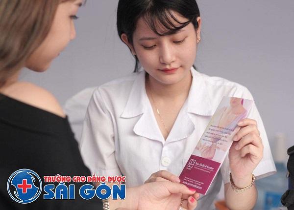 Trường Cao Đẳng Dược Sài Gòn đào tạo kỹ năng chăm sóc bà bầu và trẻ nhỏ