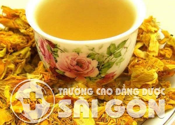 Uống trà cũng giúp chị em cân bằng nội tiết tố nữ