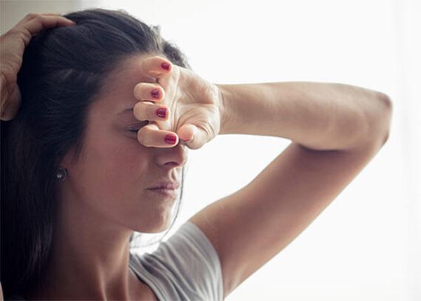Nam giới dễ mắc đột quỵ mắt hơn nữ giới