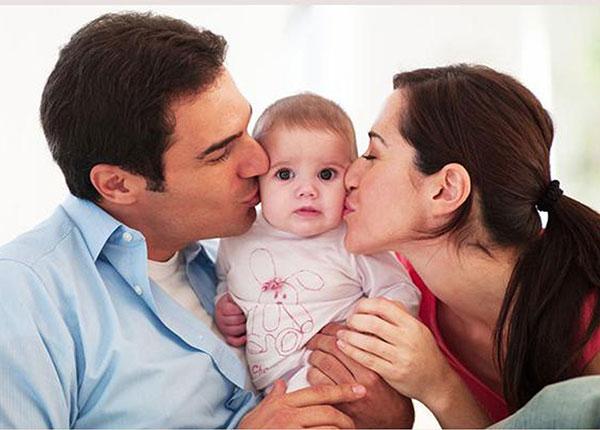 Độ tuổi thích hợp để sinh con là từ 20-35