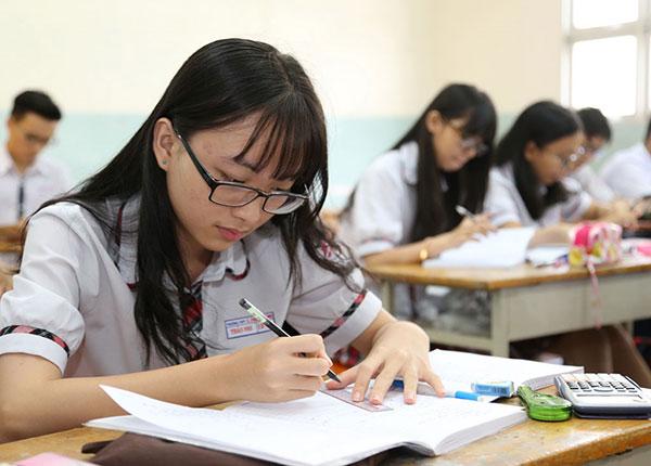 Sau năm 2020 học sinh không tham dự kỳ thi THPT QG sẽ được cấp giấy chứng nhận hoàn thành chương trình THPT