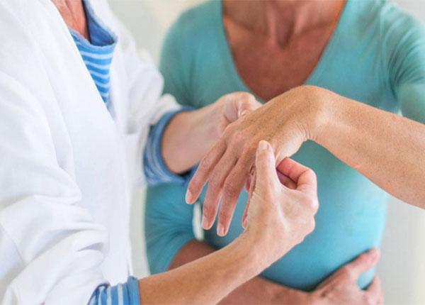 Sự khác nhau giữa viêm khớp dạng thấp và viêm xương khớp