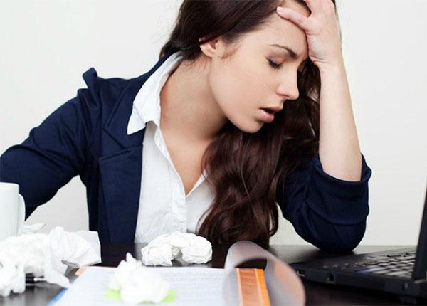 Một số thói quen có thể gây hại cho não mà mọi người cần bỏ