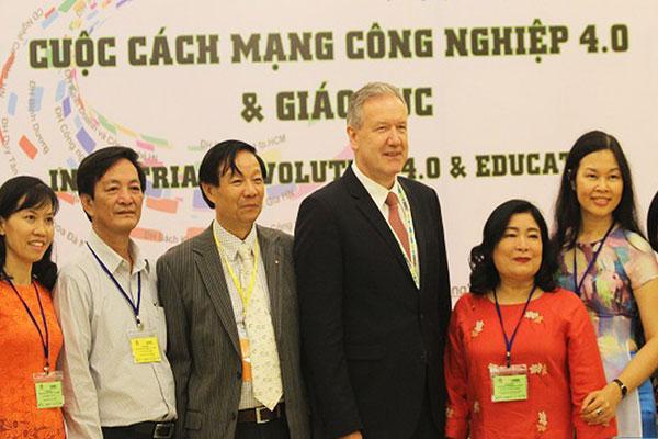 Cuộc cách mạng 4.0 đặt ra những thách thức dành cho giáo dục Việt Nam