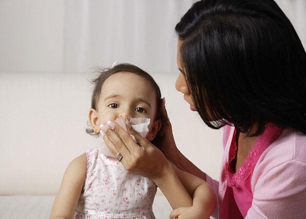 Trẻ em thường hay bị bệnh viêm mũi dị ứng