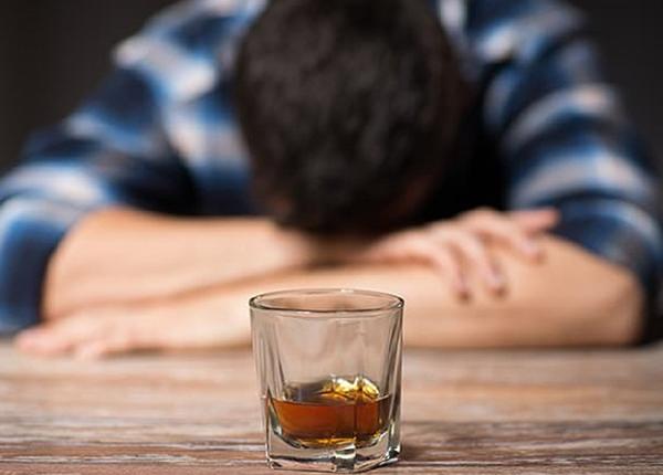 Dư chứng khó chịu sau uống say